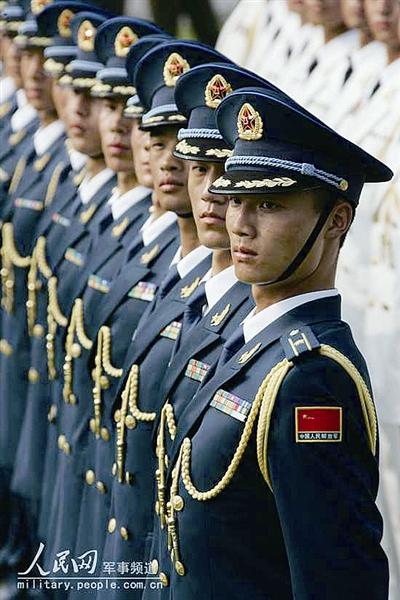 女室军装_历数中国空军军服变迁(组图)-搜狐滚动