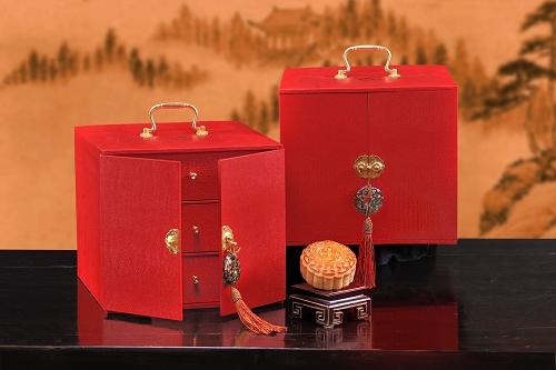 北京中国大饭店推出中秋月饼礼盒 共33种口味