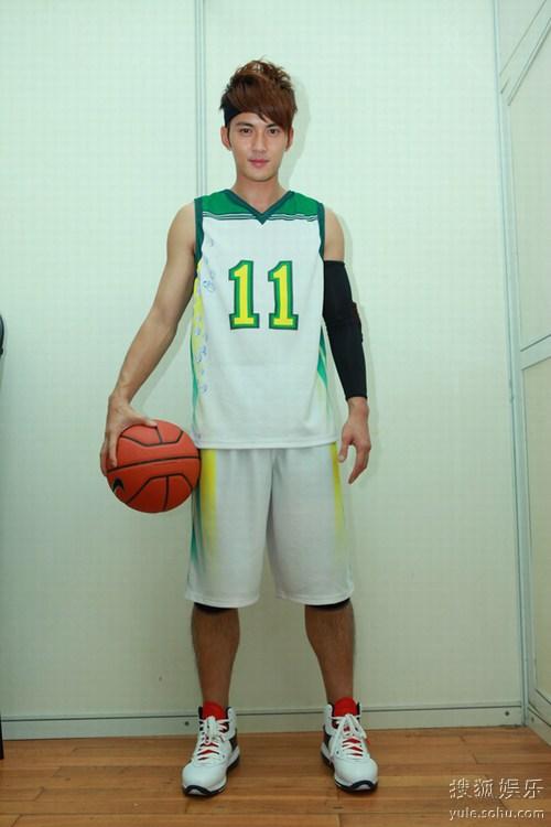 篮球明星带字图片_
