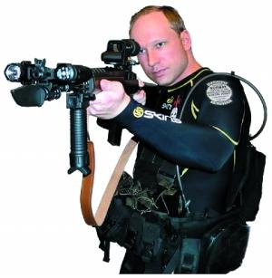 布雷维克伪装成警察实施枪击