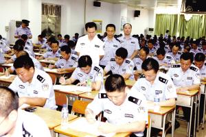 271名社区民警赶考(图)