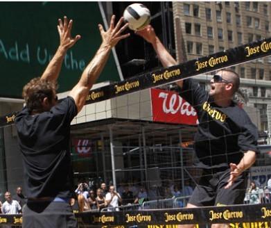 乐福欲打沙滩排球赚外块 三天比赛进账20万美元高清图片