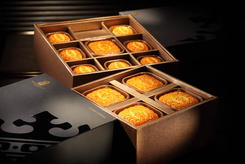 「七星伴月」豪华礼盒及经典月饼礼盒