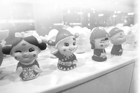 欧阳祖兵/小朋友们做的陶泥作品本组图片由记者欧阳祖兵摄