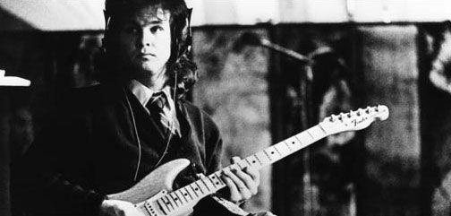 美国摇滚歌手丹-皮克家中去世享年60岁