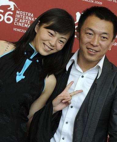 黄渤26日喜得爱女 曾与编剧太太相恋13年-搜狐母婴