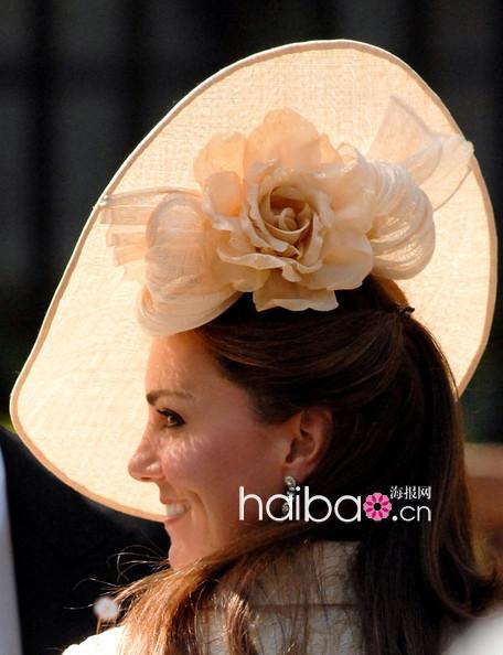 英国扎拉·飞利浦(zara phillips)公主大婚婚礼嘉宾礼帽大放送,帽子控图片