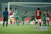 幻灯:郜林冷射攻破国安球门 欣喜和李章洙拥抱