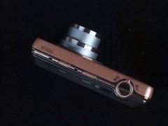 自拍利器 三星双屏幕卡片ST700仅1599元