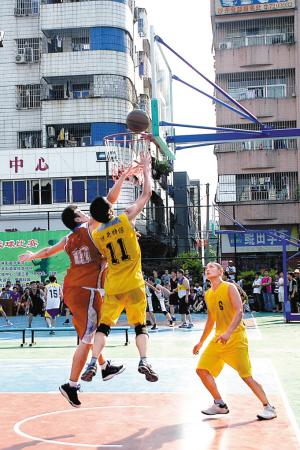 图为篮球比赛现场.