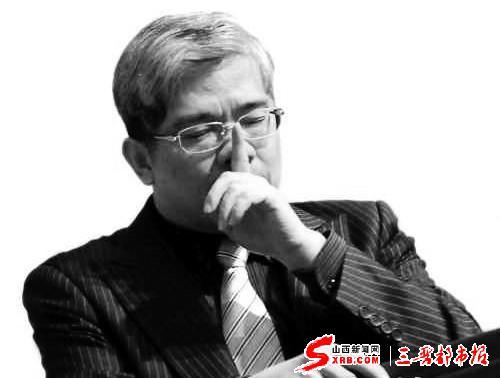 这一场名人对名人的访谈,在微博上引起了大家争议,郎咸平的表现被认为