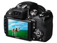 图为:富士数码相机HS22