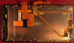 新款摩托罗拉DROID Bionic拆卸图