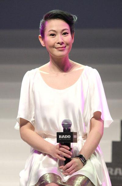 媒体新闻滚动_搜狐资讯    今日下午,记者宋晓鹏在微博上爆料称刘若英