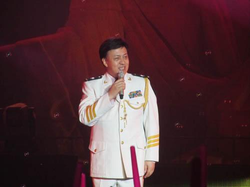 海政文工团独唱演员 著名歌唱家吕继宏-2011年第六届中国锦州笔架山