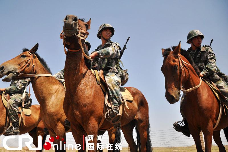青木葵骑兵_最后的中国骑兵(高清组图)