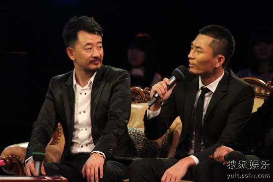 黄海波和张宁江接受采访
