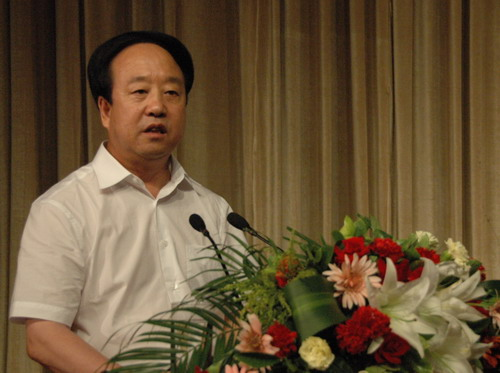 纳振东的妹妹纳利娟,江西渝州科技学院团委书记何立,吴忠市电视台记