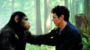 安迪·赛金斯诠释的猿人恺撒对詹姆斯·弗兰科说出了要回家的意愿。