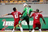 图文:[中超]杭州1-2河南 拉米雷斯以一敌二