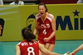 图文:中国女排3-0横扫波兰 惠若琪极度激情