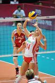 图文:中国女排3-0横扫波兰 沃罗兹传球