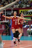 图文:中国女排3-0横扫波兰 魏秋月庆祝胜利