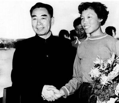 01郑凤荣是第一个世界纪录的亚洲人