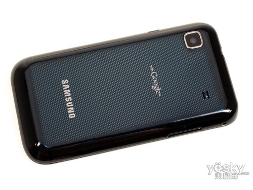 图为:三星 i9000 手机