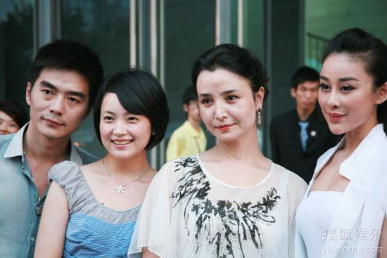 左起:胡光子、彭婧、导演嘉娜、周扬