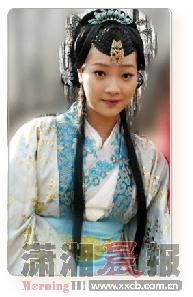 何杜娟出演 大明嫔妃 的古装造型