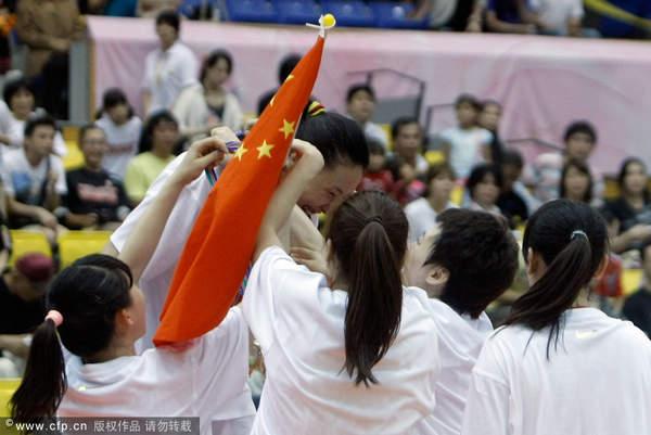 图文:[亚锦赛]女篮胜韩国 挂上金牌