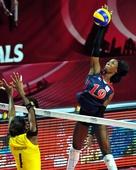 图文:美国女排3-0巴西夺冠 胡克尔扣球点高