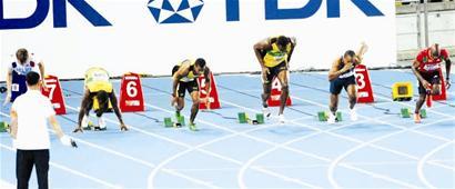 楚天都市报讯 图为:图片显示博尔特明显抢跑