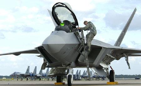 美国空军的f-22战斗机图片