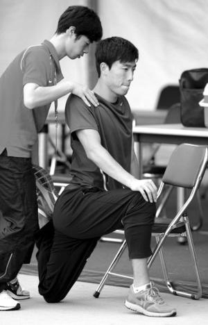 教练孙海平认为翔飞人还需完善七步上栏,并调侃道