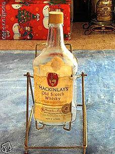 在南极地区发现的百年威士忌被解冻并展出