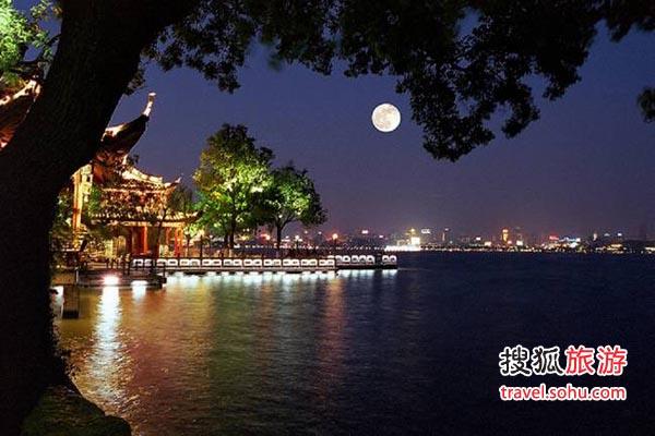 杭州:醉入仙境西湖月