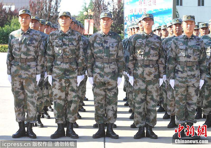 解放军07式军服迷彩图片大全 图文 解放军07式林地迷彩服