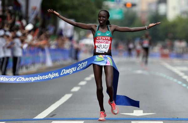 第01金 女子马拉松 基普拉加特(肯尼亚)
