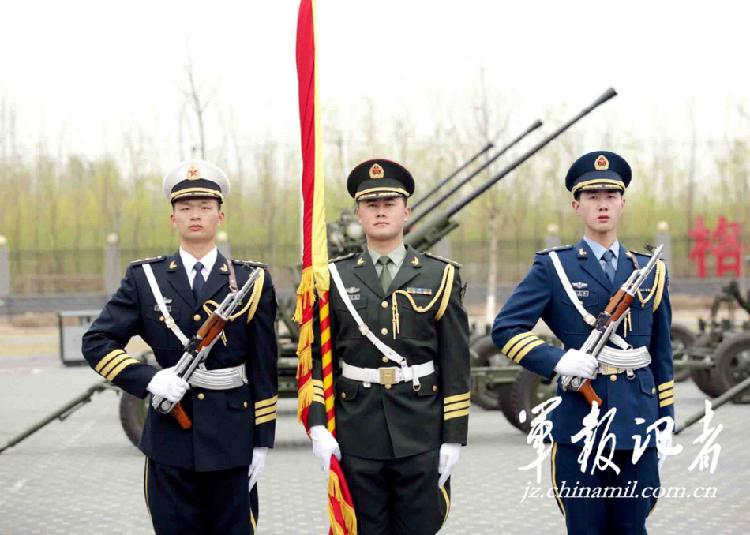 海陆空三军图片大全 海陆空三军准备接受检阅