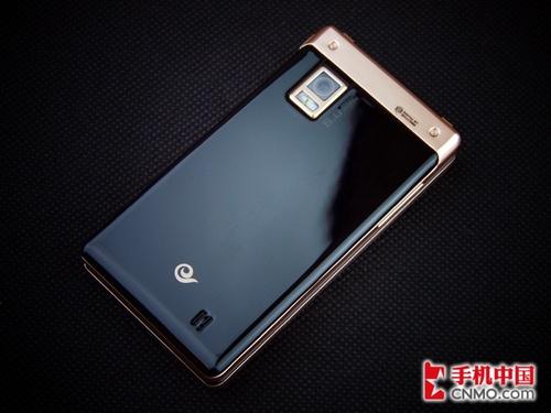 万元奢华双大屏Android 三星W899评测