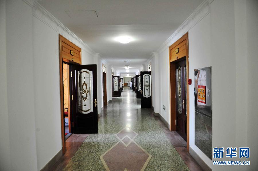教学楼大厅走廊设计