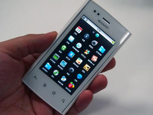 夏普3款新品智能手机上市