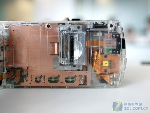 索尼TD10E透明机身展示