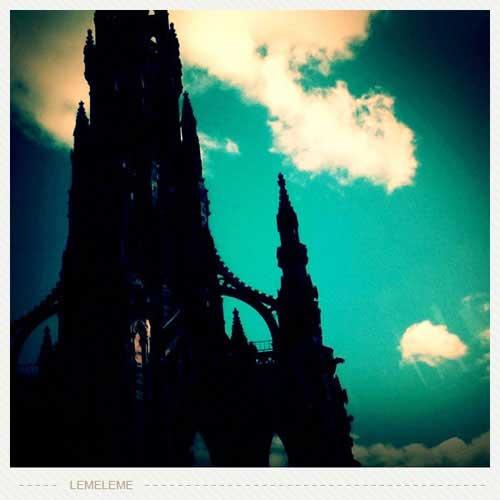 爱丁堡市中心的古老塔楼