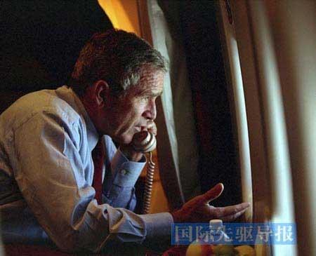 """布什:功过成败皆因""""9·11"""""""