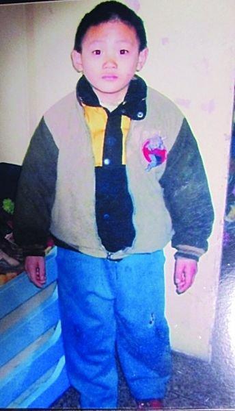 年发现儿子已被外国人领养 警方回应质疑