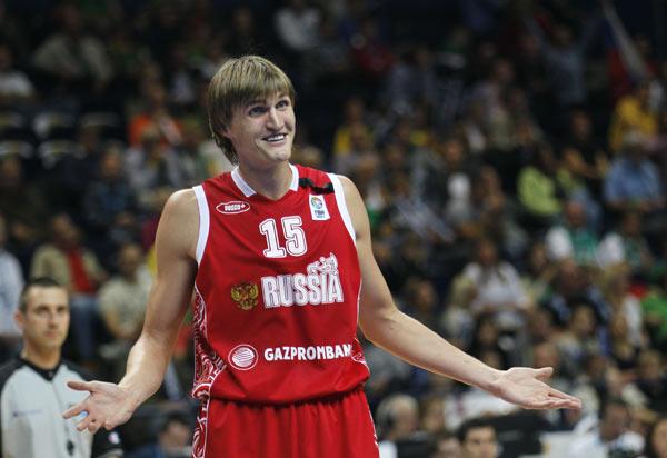 基里连科:我靠,你真逗,不知道我是从NBA来的么