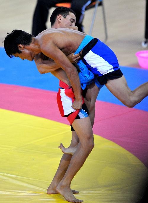 朝鲜族儿童摔跤